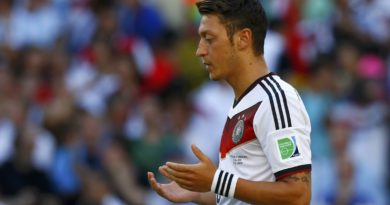 Germany's Mesut Ozil is seen at the start of their 2014 World Cup final against Argentina at the Maracana stadium in Rio de Janeiro July 13, 2014. REUTERS/Eddie Keogh (BRAZIL  - Tags: SOCCER SPORT WORLD CUP)